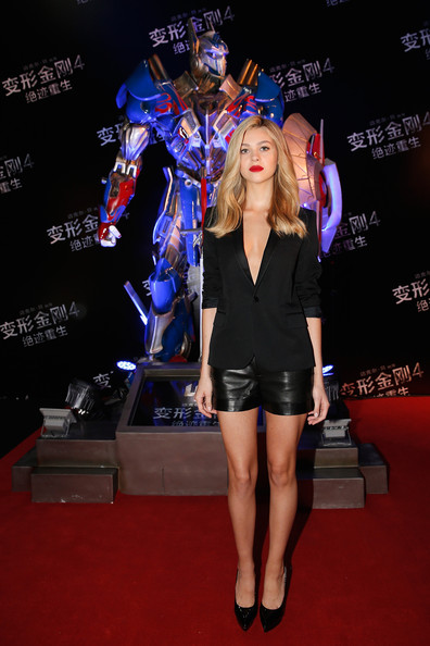 SHE'S A STANDOUT: Nicola Peltz Rocks Leather Shorts At Transformers: Age of Extinction Premiere