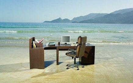 WORK —3 Top-Notch Tips to Avoid the Inevitable Summer OfficeSlump
