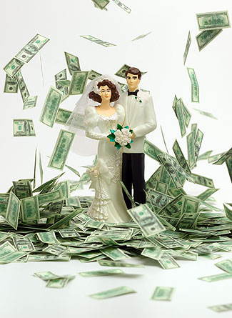 Soon-To-Be-Married Couples Turn to Crowdfunding Sites to Foot the Bill For Their Weddings