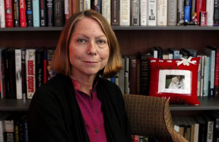 COST OF LIVING — Jill Abramson Celebrates Women in the Workplace in Exclusive Cosmo Interview