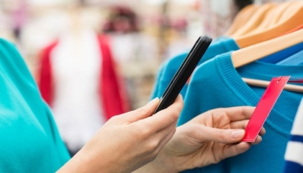 Retailers Turn to In-store Apps to Engage Customers Through Their Smartphones