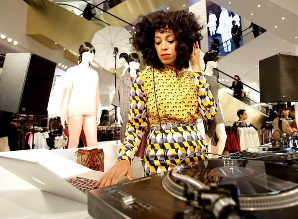 Solange Knowles is known for wearing her signature bold prints. Photo: Style Bistro