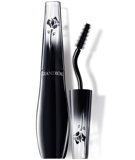 "NEWS — Lancôme Releases New ""Grandiôse"" Mascara With a Fancy Angled Wand"