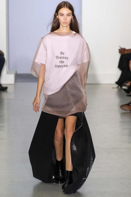 SPRING 2015 —#PFW Day 2 Dispatch: 21 Looks We'll Be Trying To Replicate Come WarmerTimes