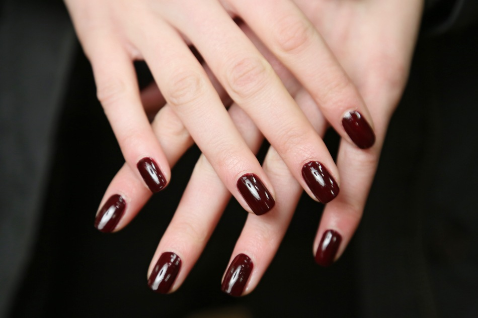 THE GUIDE —Fall's Most Fashion-Forward NailTrends