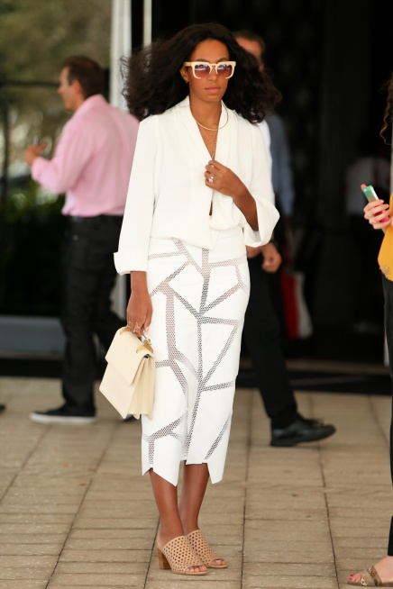 SHE'S A STANDOUT — Solange Knowles